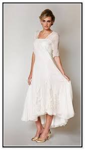 dresses for second wedding informal 12 non traditional wedding dresses for the non basic