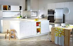 cuisine moderne ilot photo cuisine avec plan de travail moderne en 65 idées