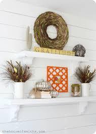 thanksgiving shelf decor 2012 creative fall ideas linky