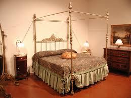 letto a baldacchino antico canossa vendita letti matrimoniali reggio emilia parma