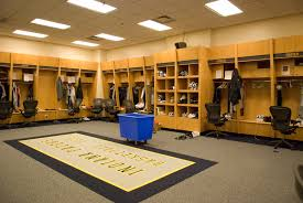 file pacers locker room at conseco fieldhouse jpg wikimedia commons