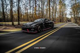 nissan gtr nismo black 2015 nissan gtr nismo coupe cars black wallpaper 1600x1068