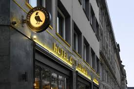 hotel city zürich switzerland booking com