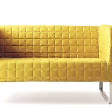 canap capitonn canapé design capitonné pour un salon douillet côté maison