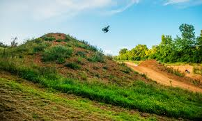 best freestyle motocross riders loosefest 2017 jump line madness freestyle mtb lw mag