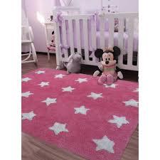 tapis chambre bébé tapis chambre bebe etoile blanche 120x170 par unamourdetapis