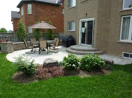 Landscape Patio Designs - Small backyard patio design