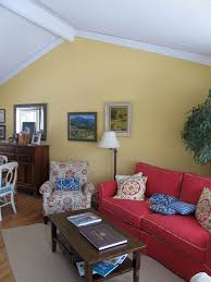 vaulted ceiling ideas living room vaulted ceiling in living room decorating ideas