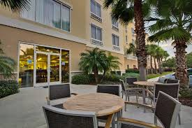 Great Rooms Tampa - holiday inn express hotel u0026 suites new tampa i 75 bruce b downs