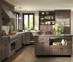 kitchen with light maple cabinets light maple cabinets with glaze homecrest cabinetry
