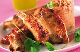 cuisiner travers de porc travers de porc caramélisés au miel recettes de cuisine la viande fr