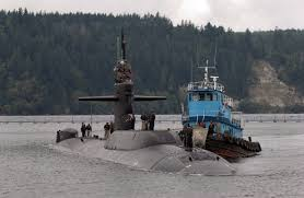 the uss parche ssn 683 enters port for the final time in 2004