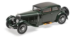 land rover minichamps 107139421 jpg