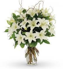 bouquet of lilies vase