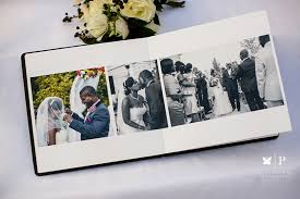 5 reasons why should you get a professional wedding album