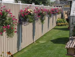 Transform Your Backyard by Get Creative With These 23 Fence Decorating Ideas And Transform
