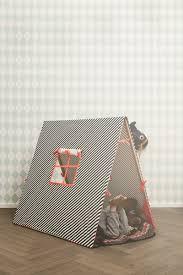 papier peint harlequin ferm living lampe ferm living vimpel happy flags multi ting