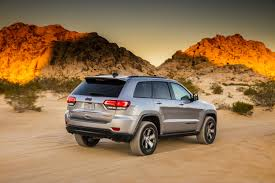 jeep grand cherokee trailhawk off road 2017 jeep grand cherokee renegade trailhawk concept drives