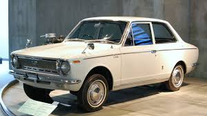 toyota co file 1966 toyota corolla 01 jpg wikimedia commons