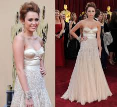 the last song wedding dress miley cyrus admits she is dating the last song co liam