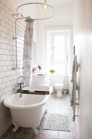 Small Bathroom Showers Ideas Best 60 Small Bathroom Bathtub Ideas On Pinterest Shower Bath