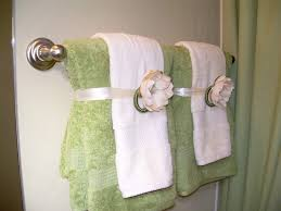 Bathroom Towels Ideas by Attractive Guest Bathroom Towels 17 Best Ideas About Bathroom
