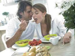 amour dans la cuisine envoûtez le avec un menu la cuisine de l amour femme