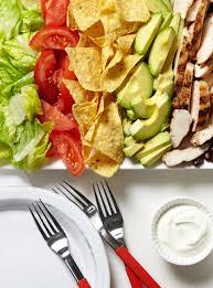 ricardo cuisine francais recette de salade taco au poulet de ricardo plats principaux