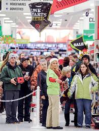 target thursday black friday gobbling up deals hundreds shop at austin target for last black