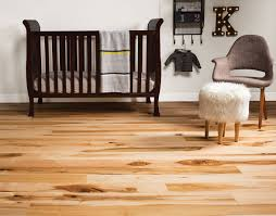 Northern Maple Laminate Flooring Owens Truecharacter Wood Flooring Quanex Building Products