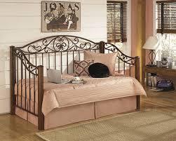 b429 80 b100 81 wyatt metal and wood day bed