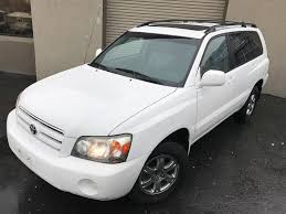 2005 toyota highlander limited square one auto