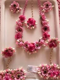 flower jewellery i this type of flower jewellery for haldi wedding ideas