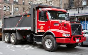 volvo 2010 truck file 2010 volvo vhd dumper jpg wikimedia commons