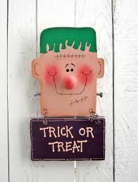 frankenstein door hanger trick or treat halloween yard art