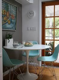 Saarinen Arm Chair Design Ideas Furniture Modern Dining Room Saarinen Arm Chair With Wood Legs