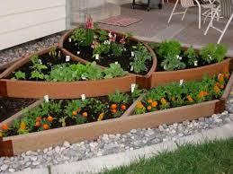 ideas for small garden beds