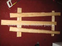 how to make a simple table top easel how to make a simple easel youtube
