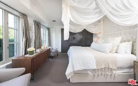 kris kardashian home decor kimye u0027s ridiculous real estate and other elaborate kardashian homes