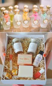 wedding guest gift ideas cheap top 10 bridesmaid gifts ideas they ll elegantweddinginvites