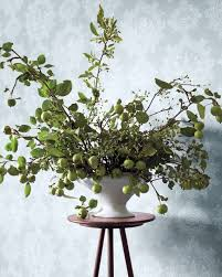 Apple Centerpiece Ideas by Apple And Crab Apple Branches Make A Voluminous And Eye Catching
