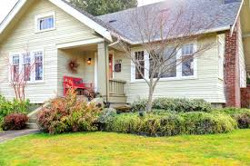 Curb Appeal Real Estate - 4 ways to improve curb appeal to sell your flips faster