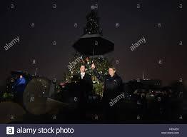 national christmas tree lighting 2016 u s speaker of the house of representatives paul ryan speaks at the