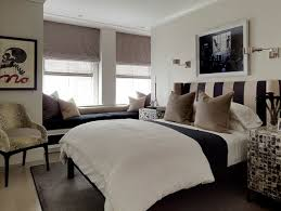 8 bedroom designs using black and white headboards