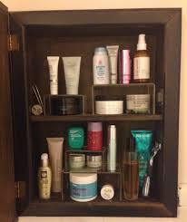 how to de clutter easy way to organize your medicine cabinet