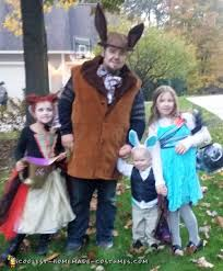 Family Of Three Halloween Costumes by 1000 Coolest Homemade Group Costumes For Diy Costume Enthusiasts