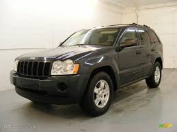 2005 deep beryl green pearl jeep grand cherokee laredo 26210691