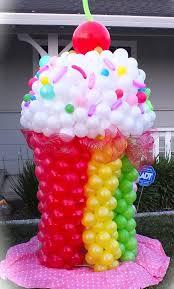 balloon delivery bay area balloon sculptures bay area balloon 925 364 5498 cupcake