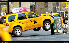 Ford Explorer Lifted - super strong traffic cop shows serious u0027girl power u0027 by lifting a