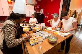 offrir un cours de cuisine qui connaît un bon atelier de cuisine j aimerais offrir un cours à